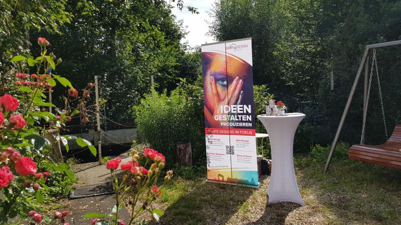 Sommerfest-Daniela-Theil-Links-am-Bach